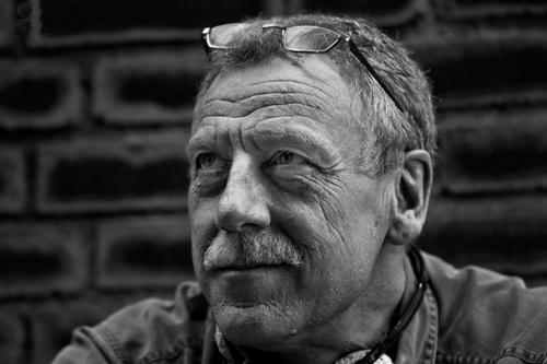 Porträt des Bildhauers Helmut Jürjens